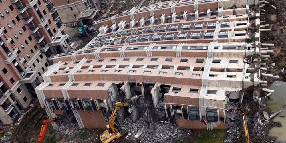 Crolli in cina errori costruttivi e mancanza di controlli for Progettazione di edifici economica